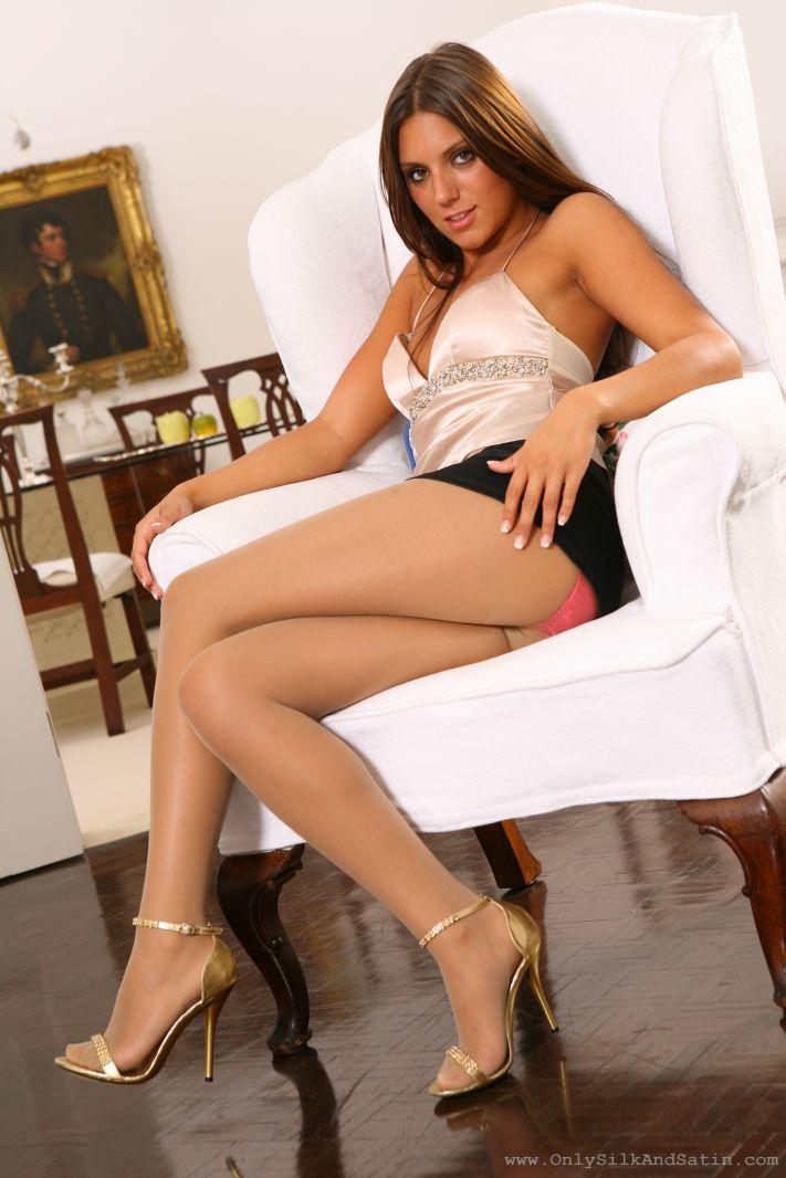 Barly legal girl having sex viedo